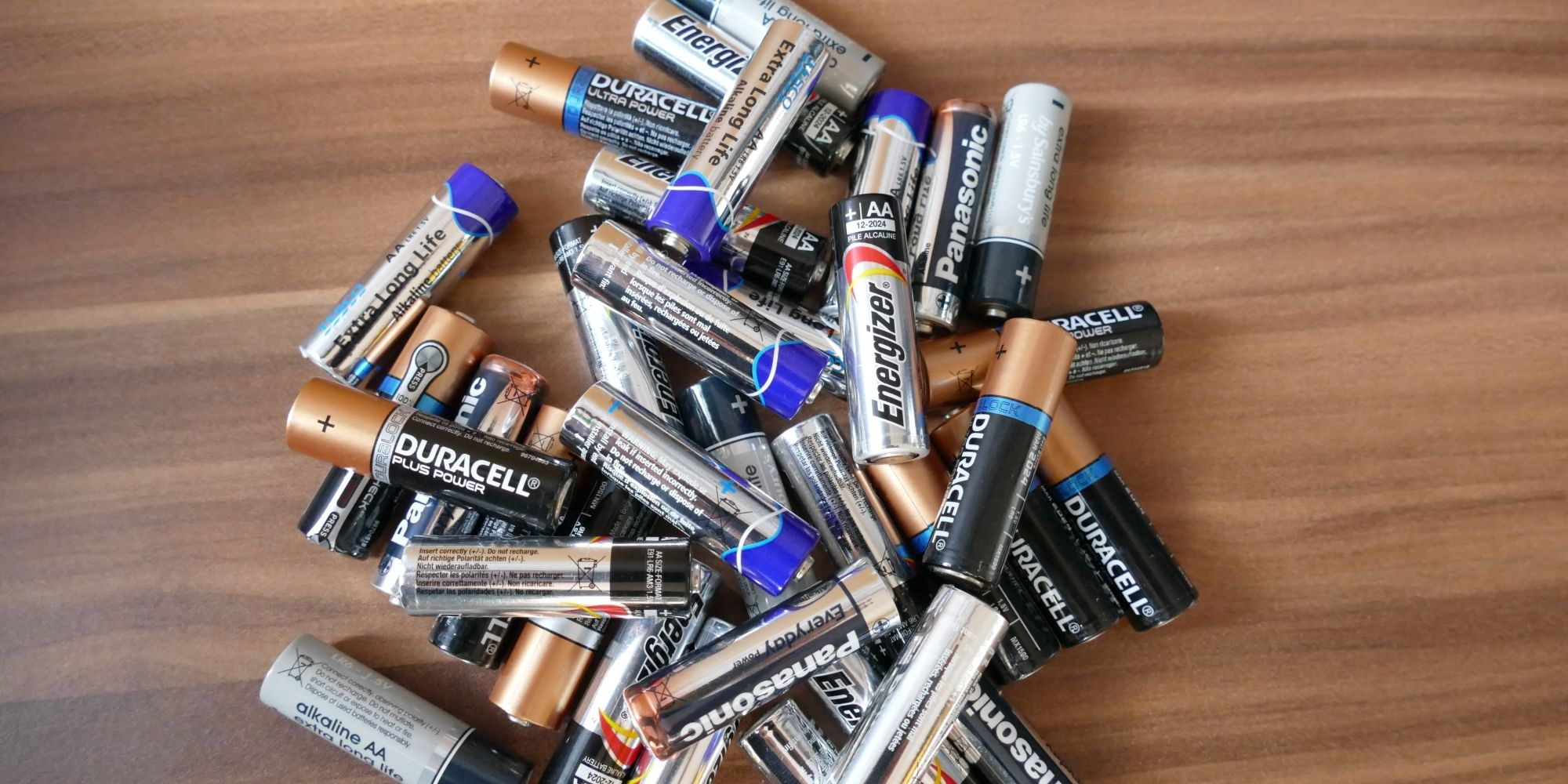Battery Guide: What Are the Different Types of C batteries